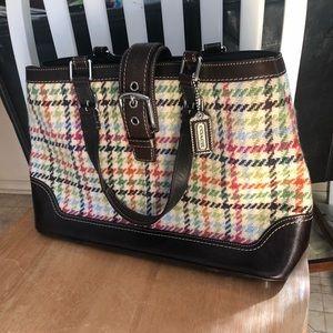 LIKE NEW Ladies Coach Handbag